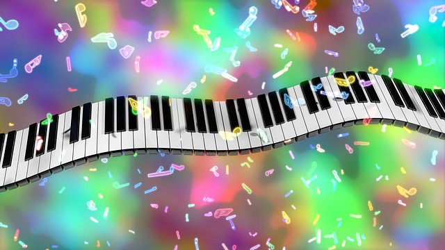 klavír klávesy