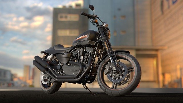 černá motorka